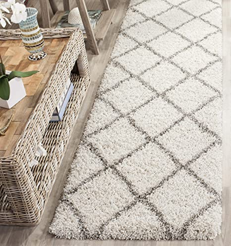 Amazon Com Safavieh Hudson Shag Collection Sgh281a Modern Diamond Trellis 2 Inch Thick Accent Rug 2 3 X 3 9 Ivory Grey Furniture Decor