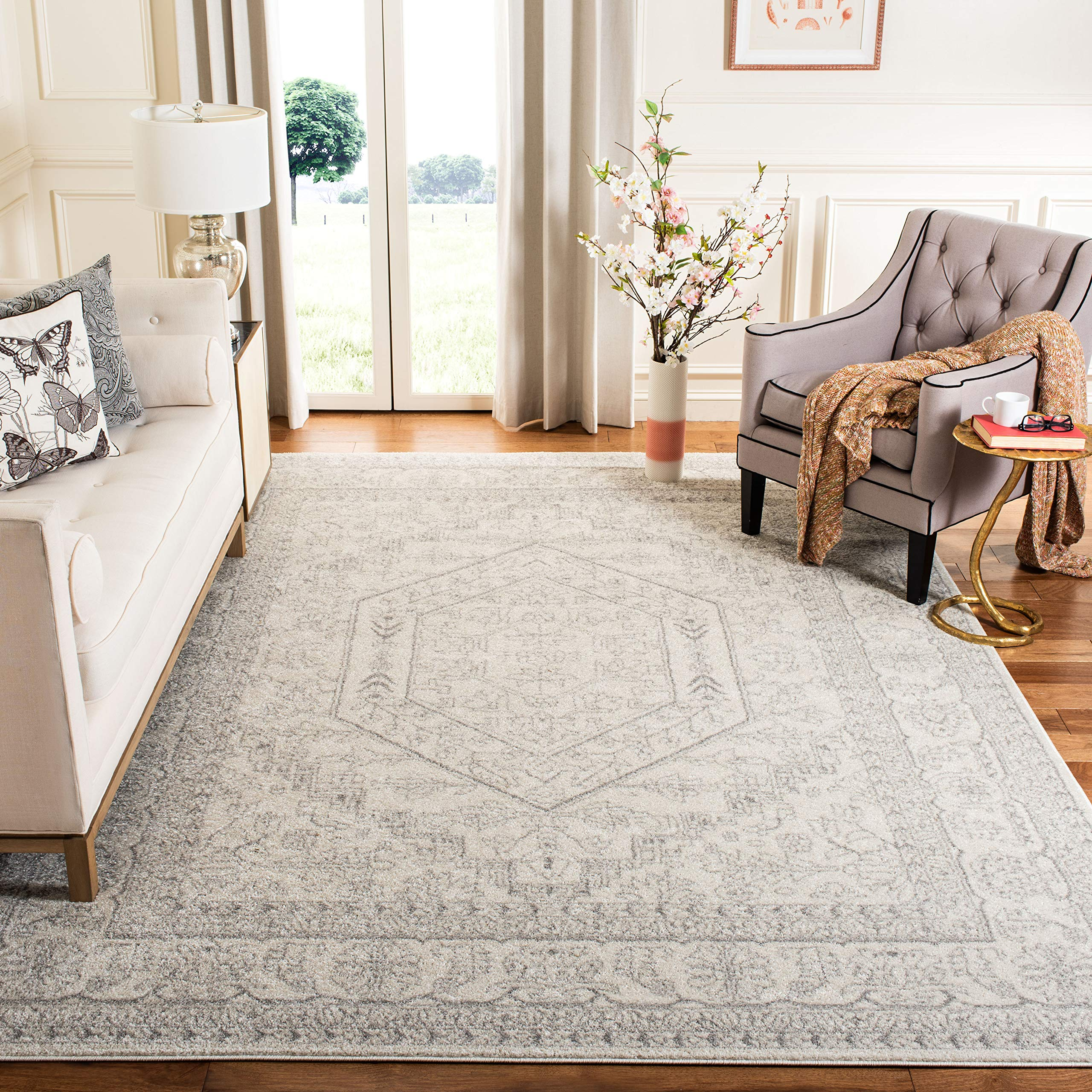 Safavieh Adirondack Collection ADR108B Ivory and Silver Oriental Vintage Medallion Area Rug (8' x 10') by Safavieh
