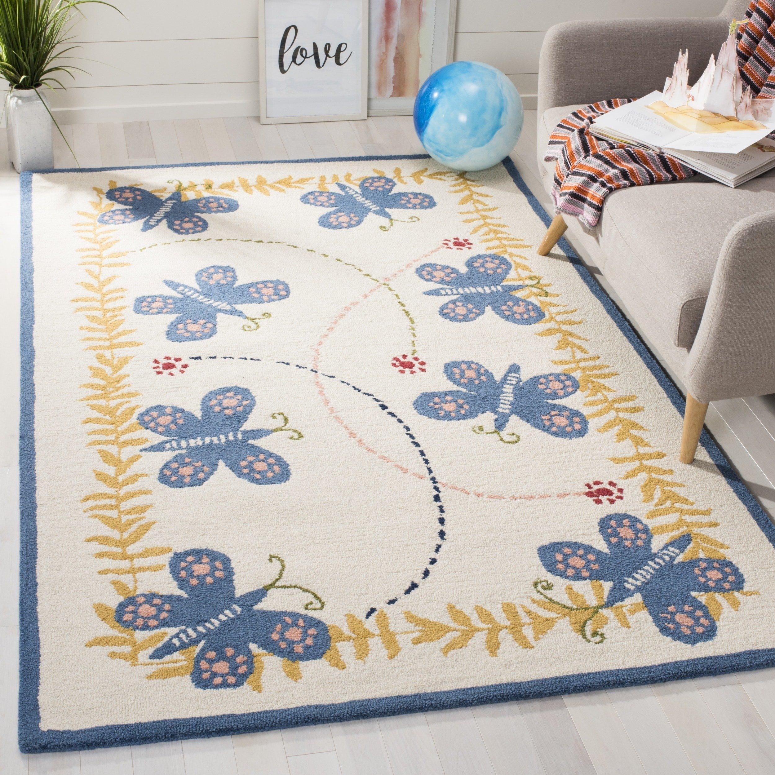 Safavieh Safavieh Kids Collection SFK390A Handmade Ivory and Blue Cotton Area Rug (5' x 8')