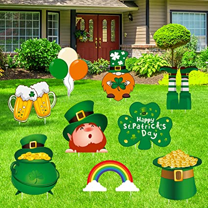 A St.Patricks Day Yard Sign St.Patricks Day Banner,Happy St.Patricks Day Decorations Flag Hanging Huge Sign Holiday Party Supplies for Yard Garden Porch Lawn Store,Hanging Decor Outdoor Indoor