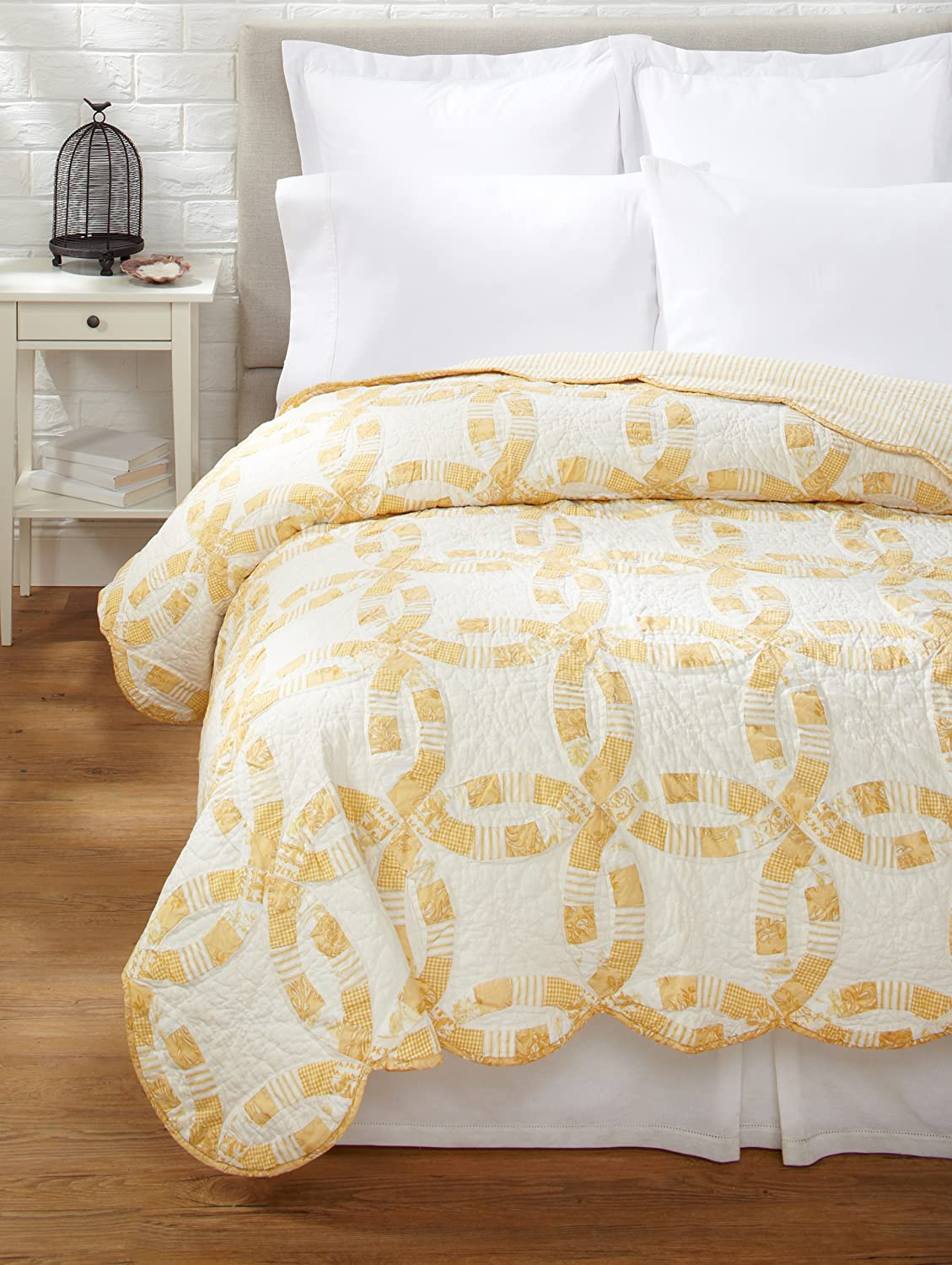 """108X90"""" King Size Quilt, WED RING BUTTER"""