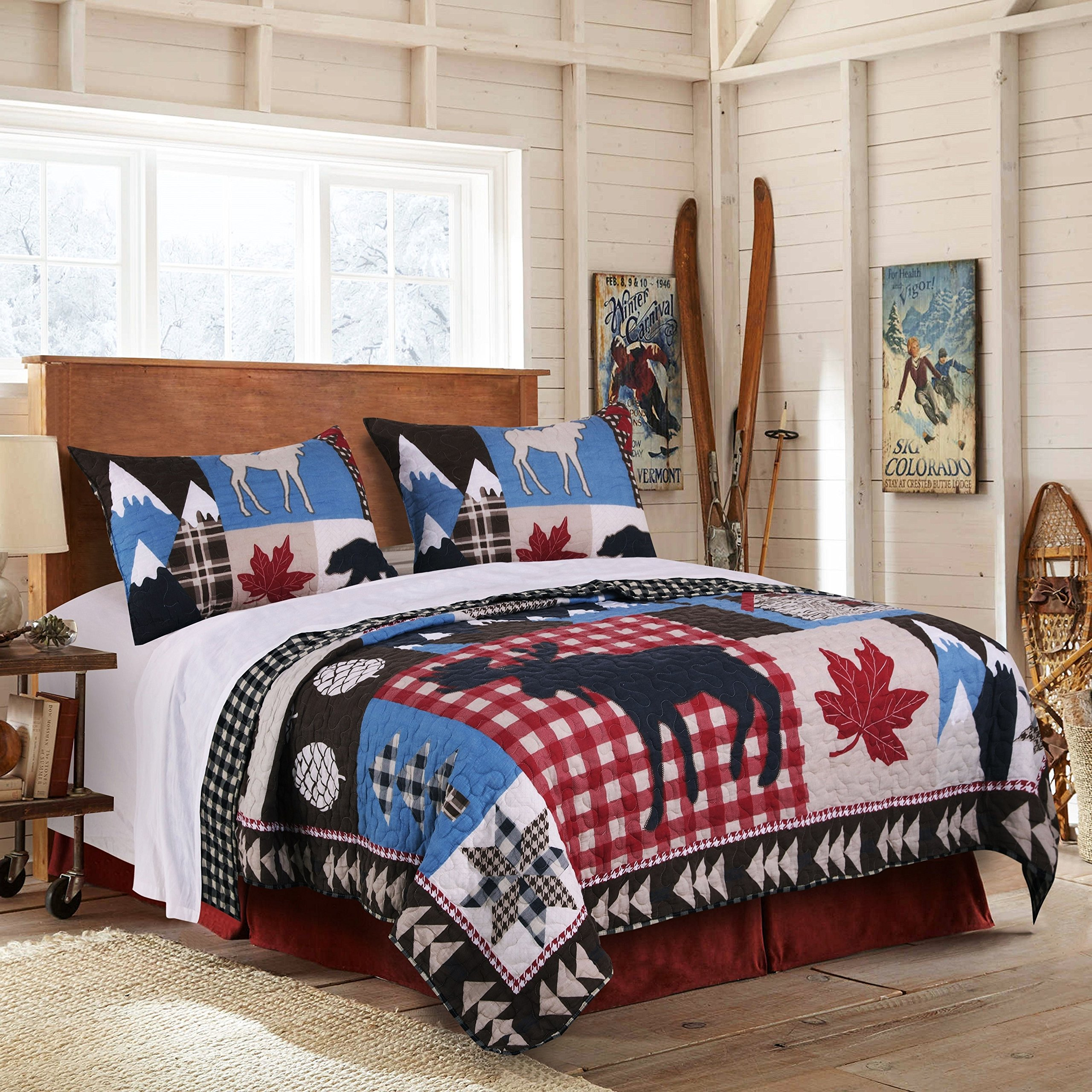 3 Piece Blue White Red Black Hunting Themed Quilt King Set, Black Bear Bedding Moose Plaid Log Cabin Pattern Lodge Leaf Mountains Snow Capped, Wilderness Wild Animals, Reversible Microfiber Polyester