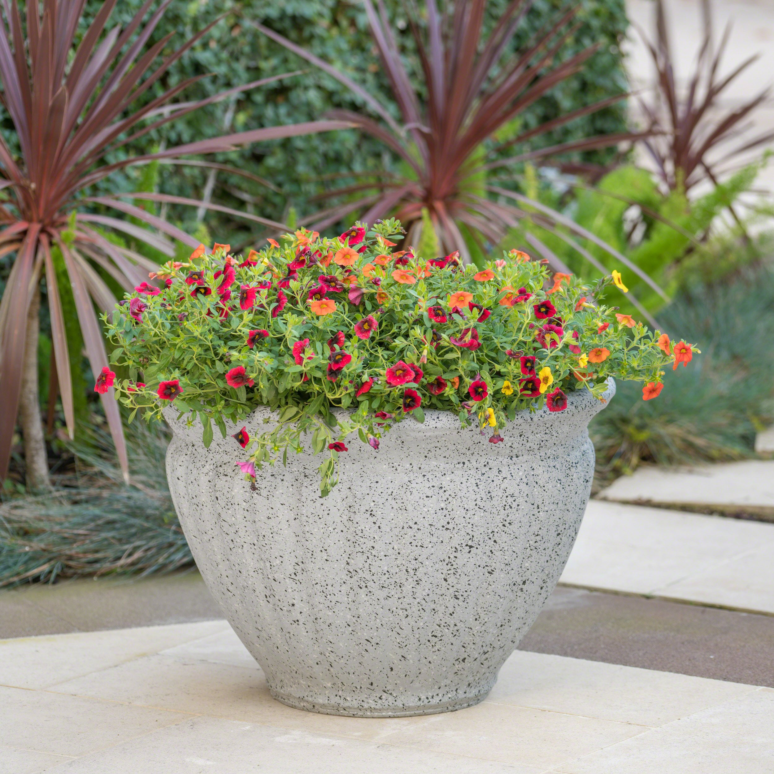 Great Deal Furniture Nicholson Outdoor Light Grey Stone Finished Cast Stone Planter by Great Deal Furniture
