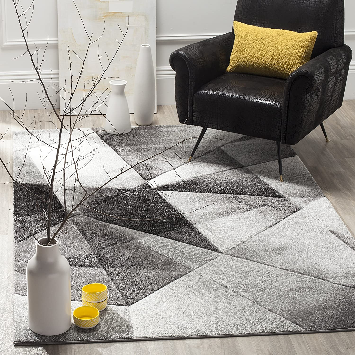 Safavieh Porcello Collection PRL6939D Modern Abstract Geometric Art Light Grey and Charcoal Area Rug (4' x 6')
