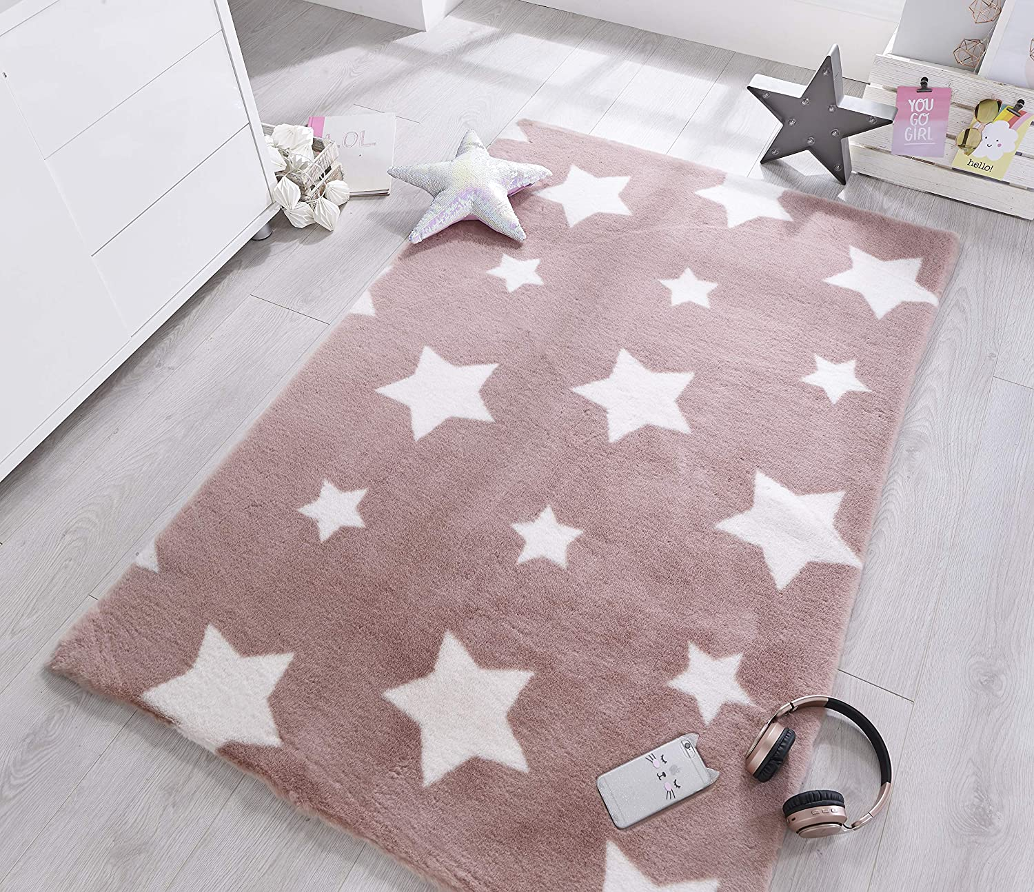 Nursery Carpet LordofRugs Playful Cosmic Star Design Soft Kids Baby Room Rug in 90 x 150 cm CANDY FLOSS PINK 2/'9 x5/'9