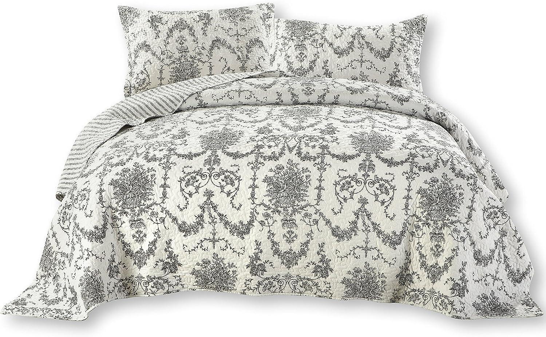 DaDa Bedding Damask Victorian Candelabra - Elegant Jacquard Coverlet Bedspread Set - Bright Vibrant Floral Black & White - Cal King - 3-Pieces.