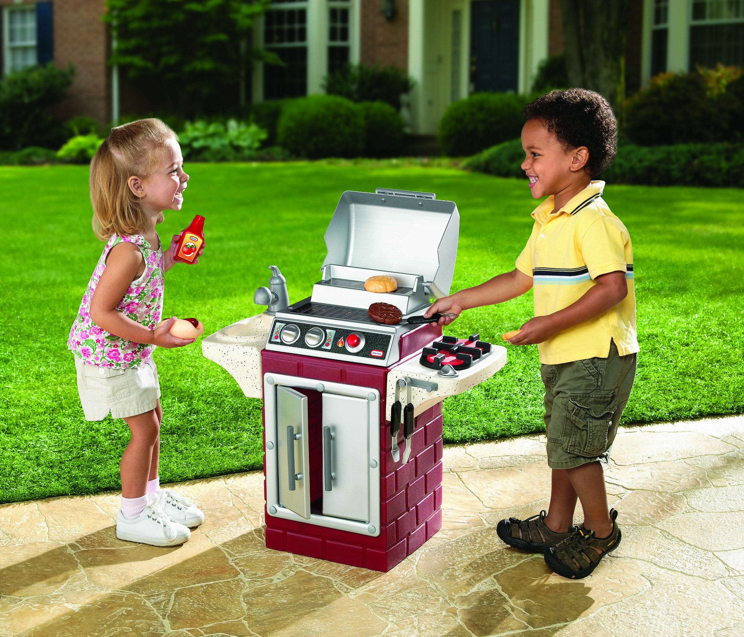 Little Tikes Backyard Barbeque Get Out 'N Grill by Little Tikes (Image #2)