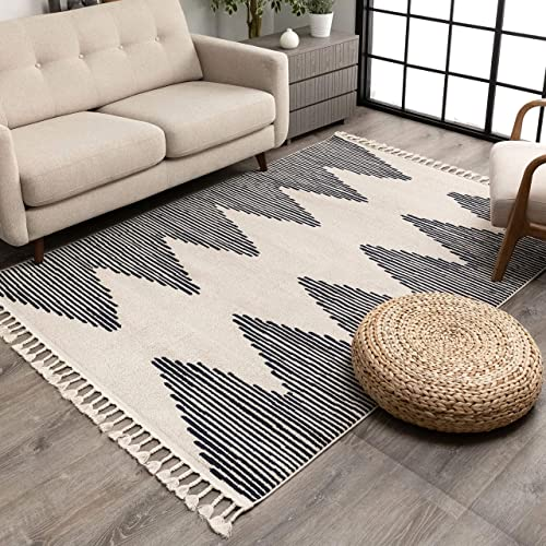 Deal of the week: Well Woven Zella Ivory Tribal Diamond Medallion Area Rug 8×10 7'10″ x 10'6″