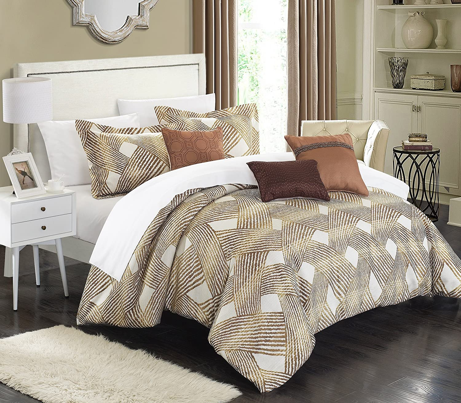 Chic Home 6 Piece Fiorella New Luxury Jacquard Collection Comforter Set Queen Gold Amazon Co Uk Kitchen Home