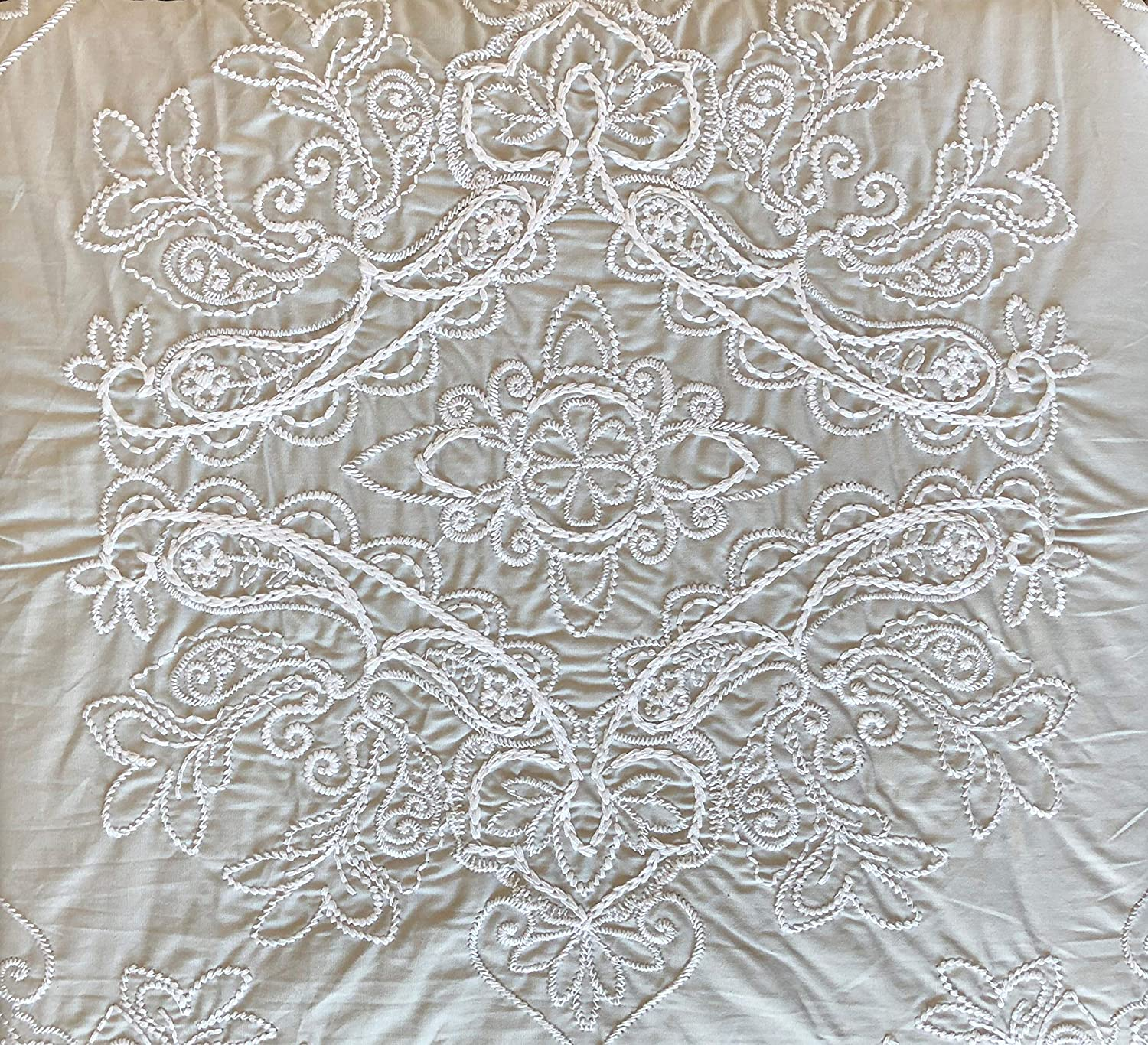Tahari Home 3pc Duvet Cover Set Embroidered Damask Medallion Pattern White Stitching Thread on Light Gray/Tan, Imperial Embroidery (Full/Queen)
