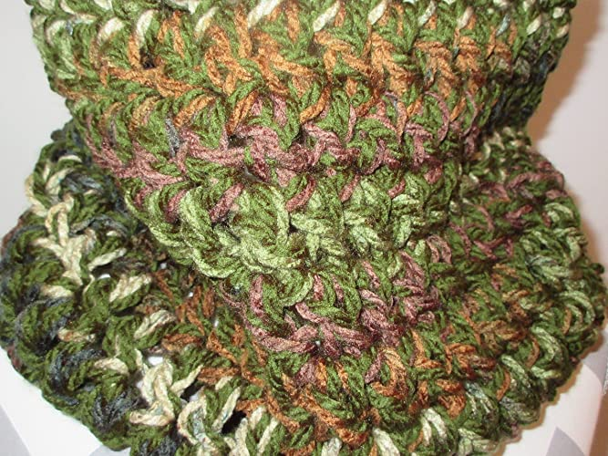 Amazon Hand Crocheted Backwoods Camo Chunky Cowl Scarf Mens