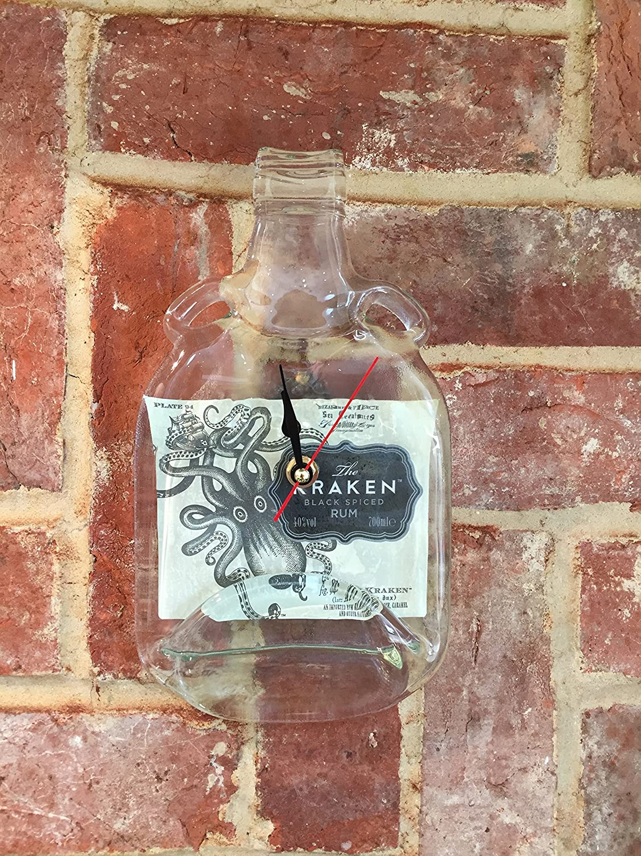 BottleClocks Kraken Rum peculiar reloj de pared