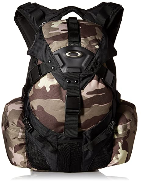 Amazon.com  Oakley Men s Icon Pack 3.0 Backpack  Clothing ceb24c8ad81