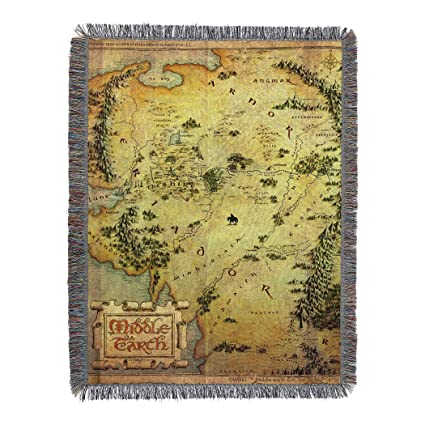 Amazon Com Warner Bros The Hobbit Middle Earth Woven Tapestry