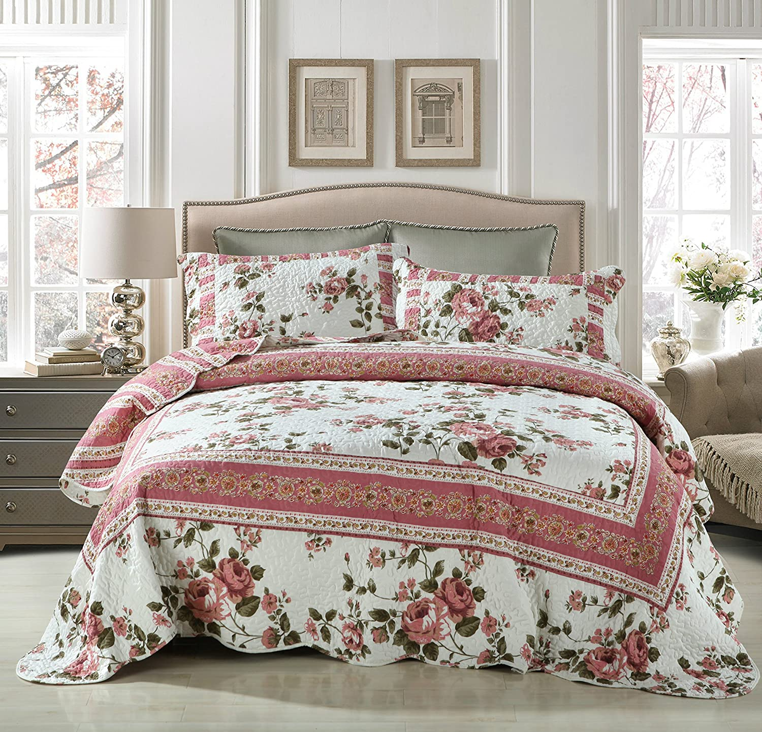 DaDa Bedding Cottage Roses Reversible Patchwork Quilted Bedspread Set
