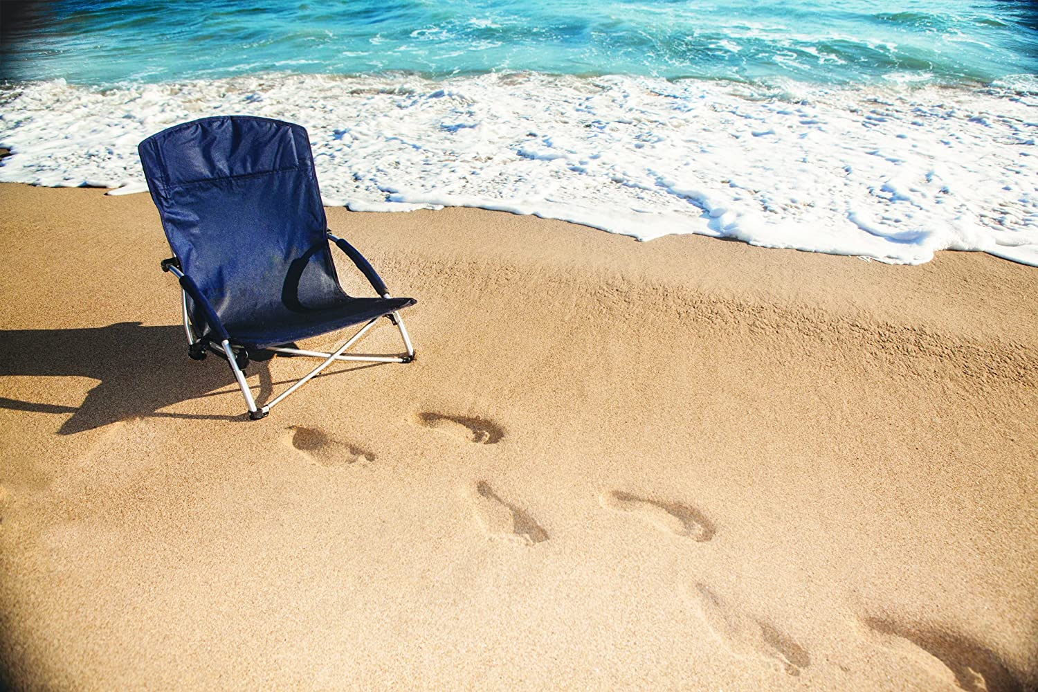 Picnic Time Tranquility Portable Folding Beach Chair