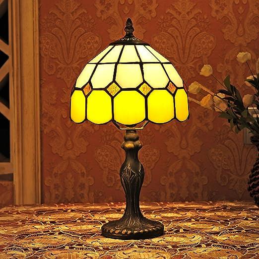 3 opinioni per Gweat 8-Inch Tiffany stile mediterraneo Ambra Lampada da tavolo Lampada da