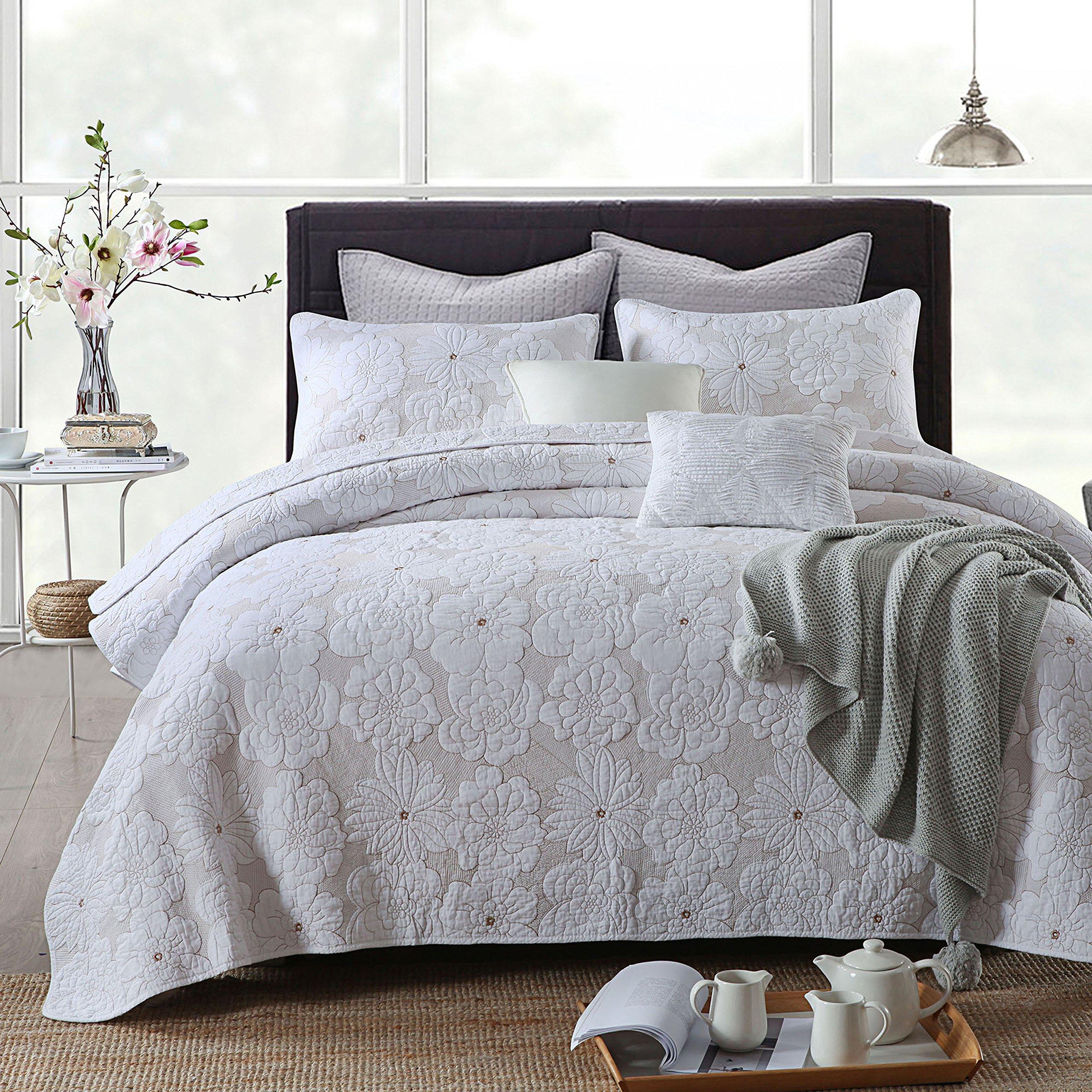 3-Piece Comforter Set, Flower Embroidery Quilt Set, Bedspread Set, White (King)