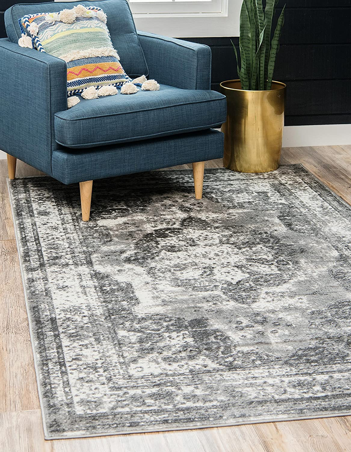 Unique Loom Sofia Collection Traditional Vintage Gray Area Rug (5' x 8')