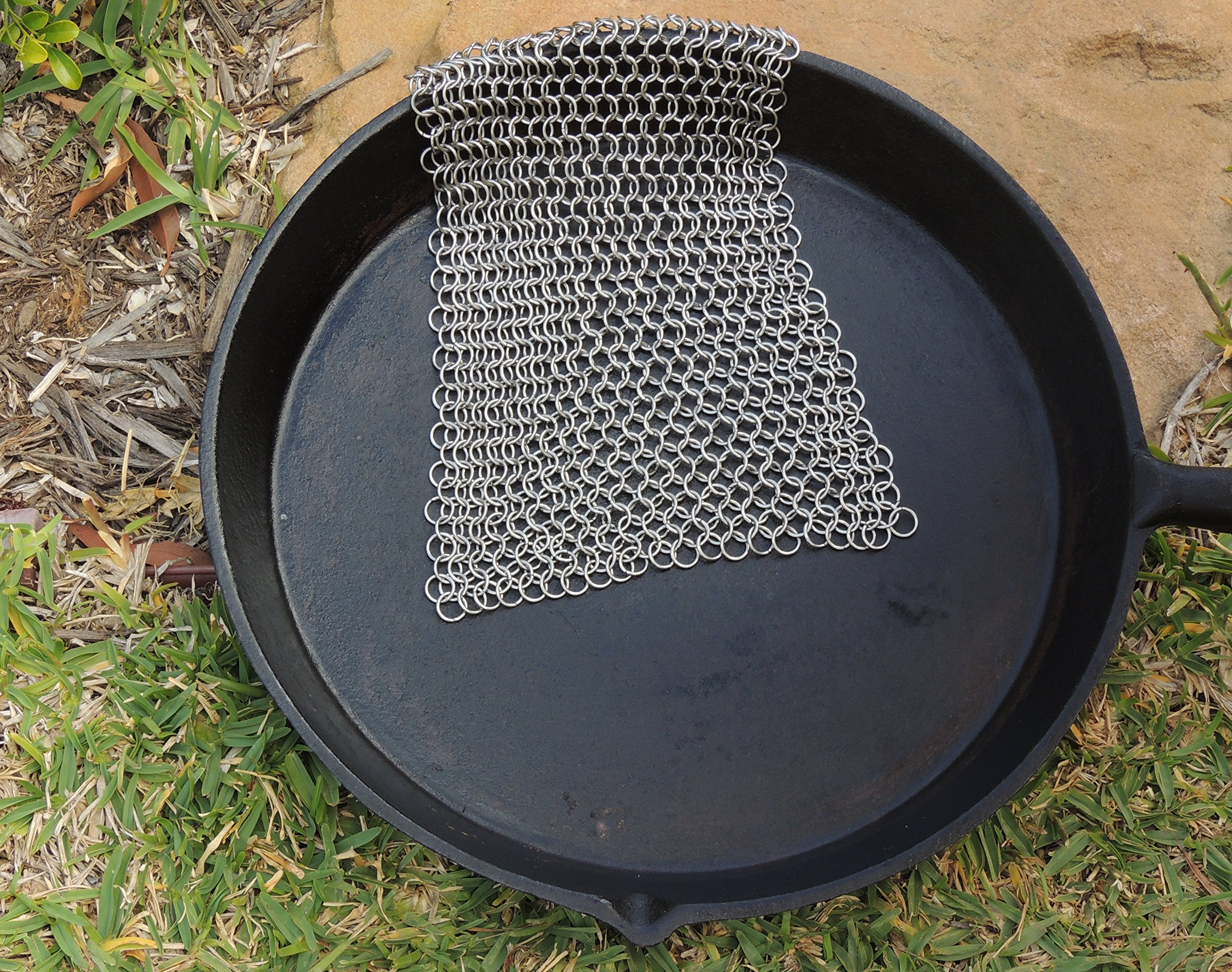 Cast Iron Cleaner and Scrubber by Küche Chef. XL 8x8 Inch Premium 316 Stainless Steel Chainmail Scrubber by Kuche Chef (Image #7)