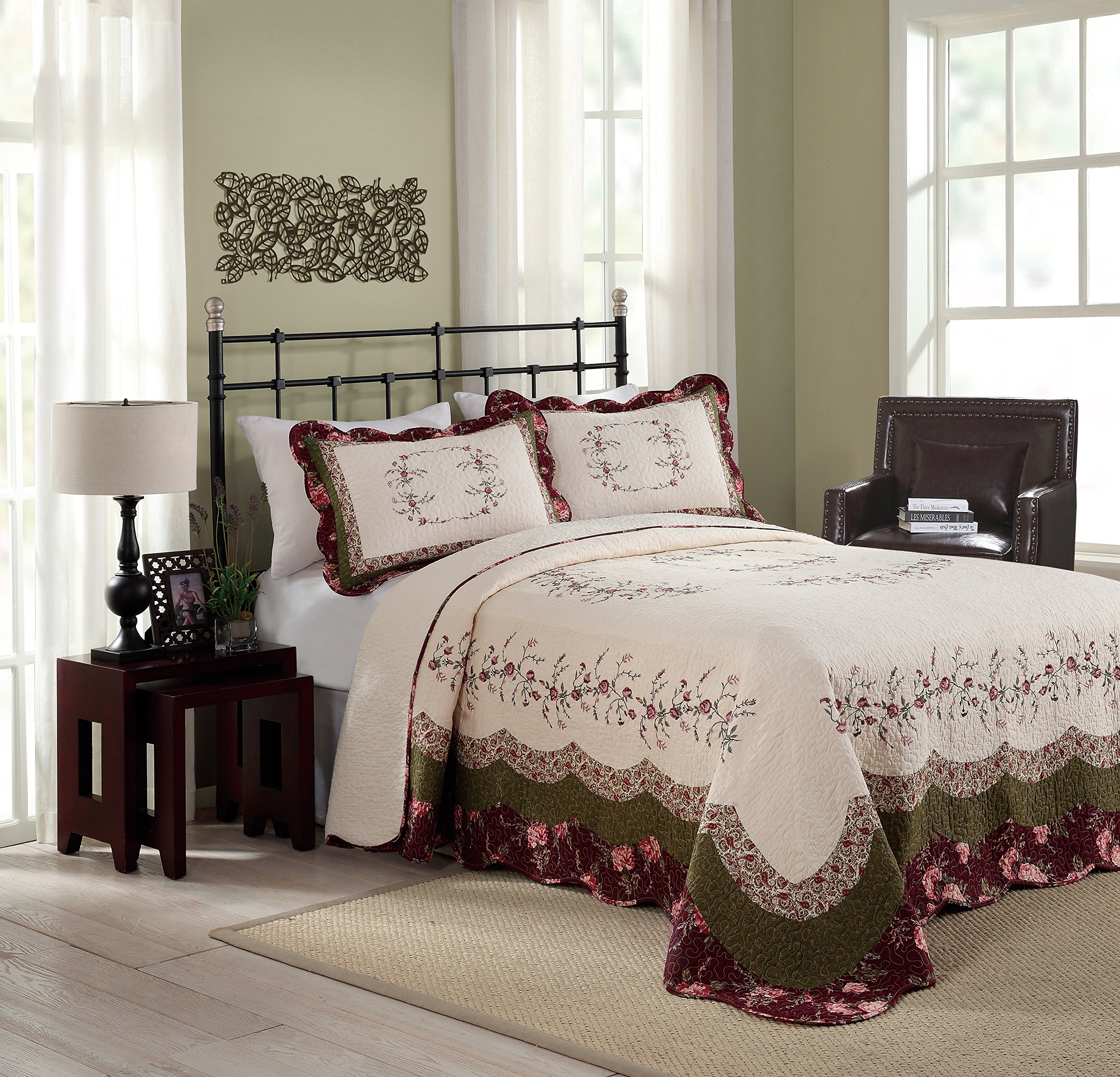 Modern Heirloom Collection Brooke Cotton Filled Bedspread, Queen, 102 by 118-Inch