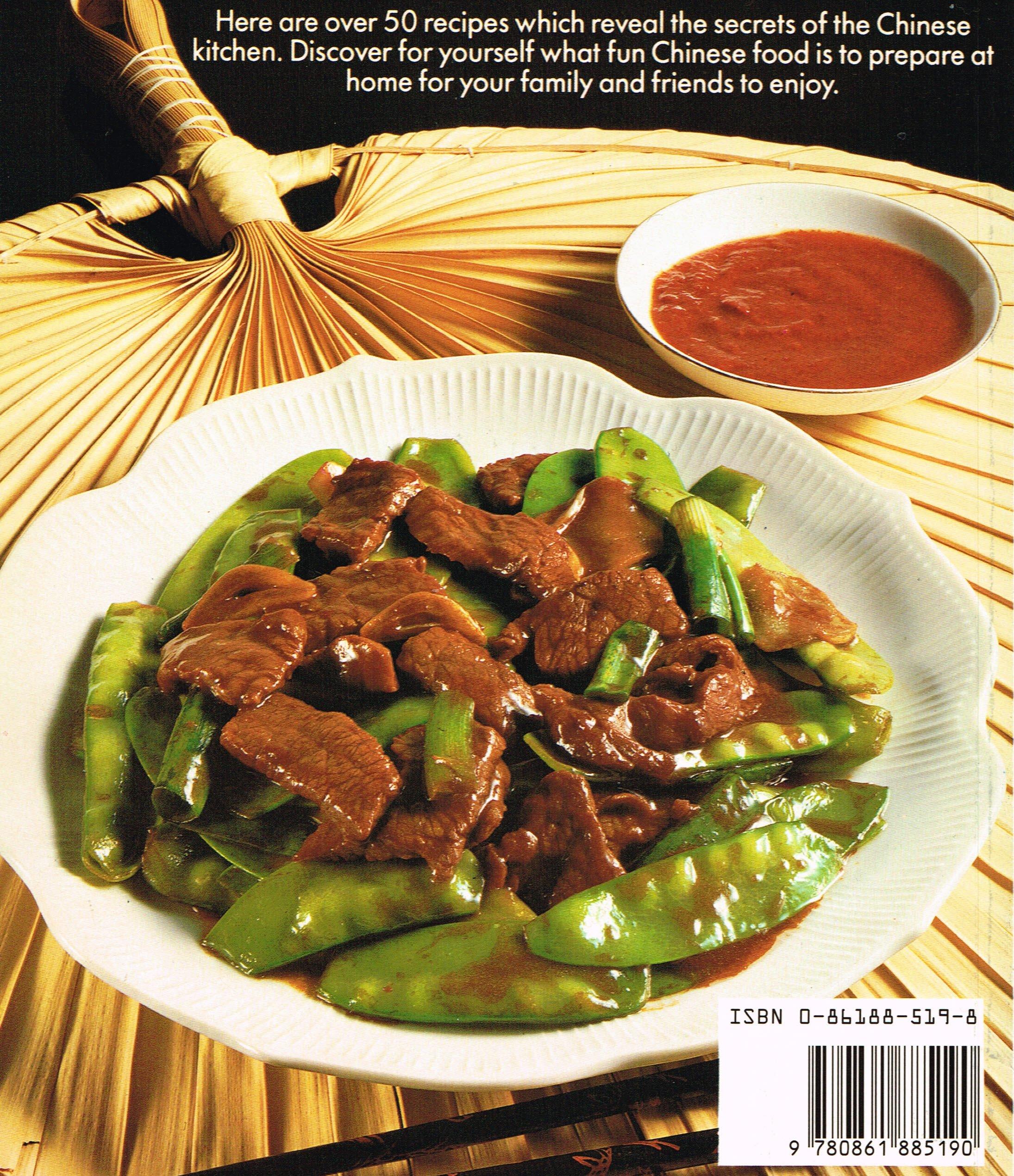 The wok cookbook yan kit so 9780861885190 amazon books forumfinder Images