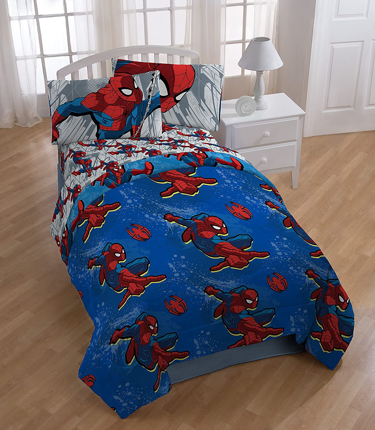 Marvel Spiderman City Graphic Twin Comforter