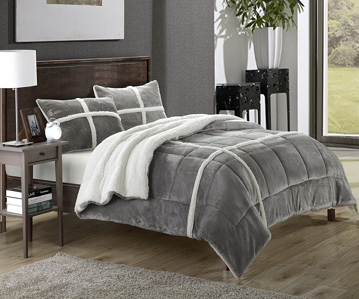 Amazon com chic home 3 piece chloe comforter set king silver home kitchen