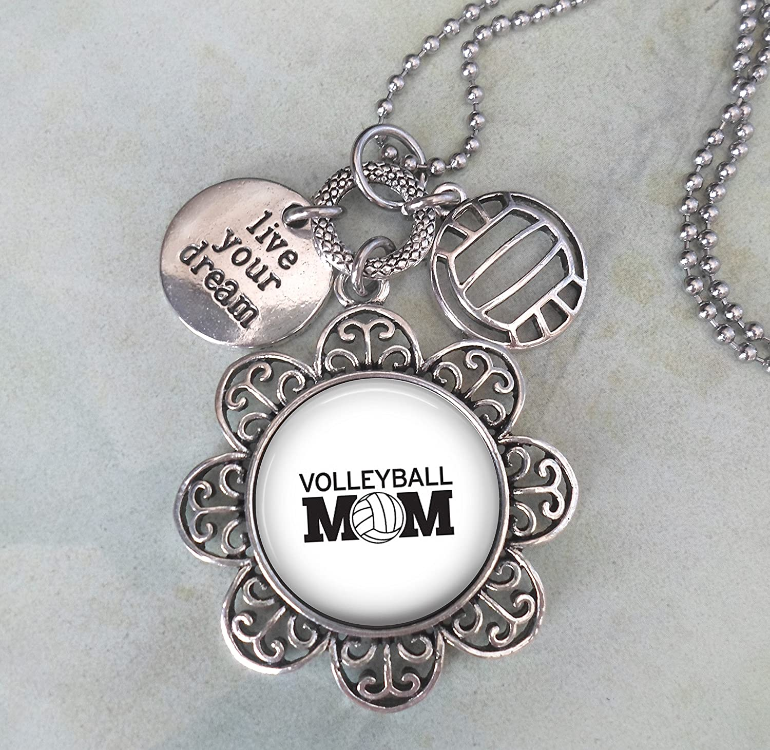 """SIVER ALLOY LOVELY SILVER CHARM WITH THE WORDS /""""LIVE YOUR DREAM/"""" CLIP ON CHARM"""