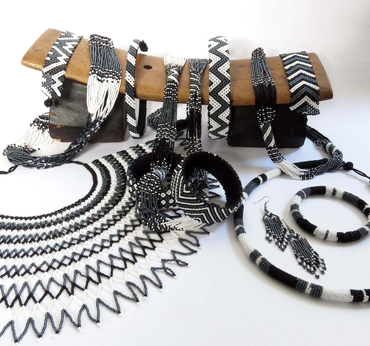 African Zulu beaded short necklace – Black/white/gunmetal - Gift for her