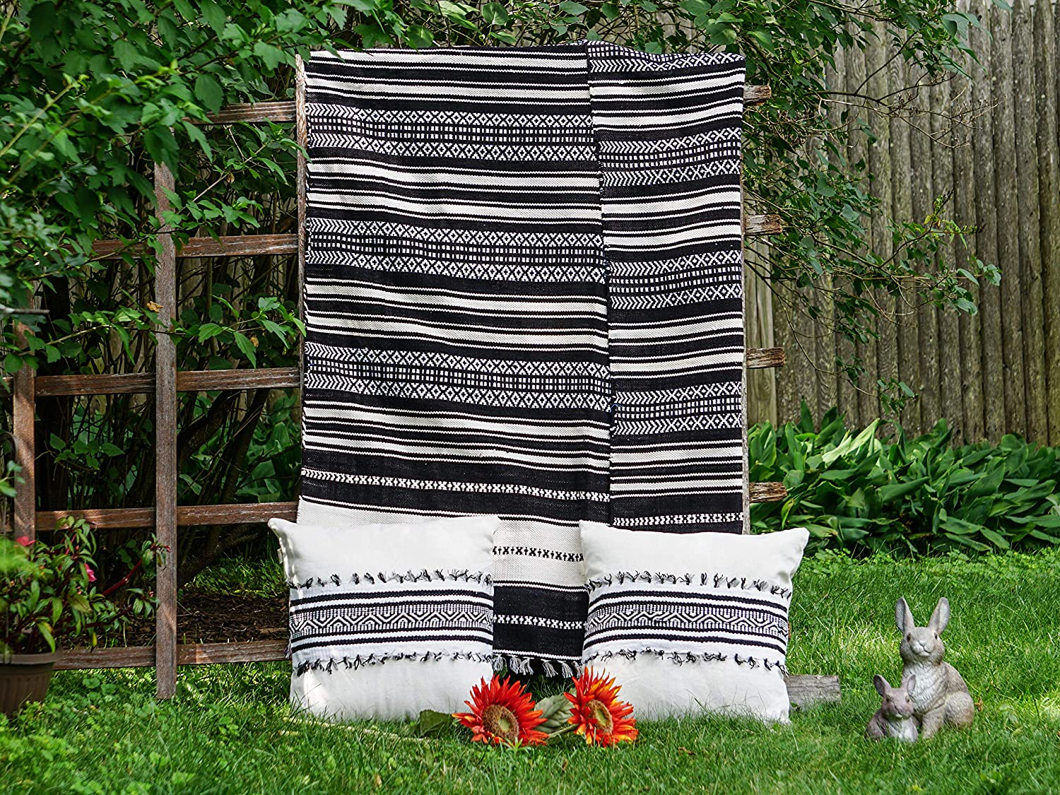 Image of Aasma's Dream Black & White Striped 3 Piece Throw Blanket Set with 2 Square Pillow Covers, 18'x18' Home and Kitchen