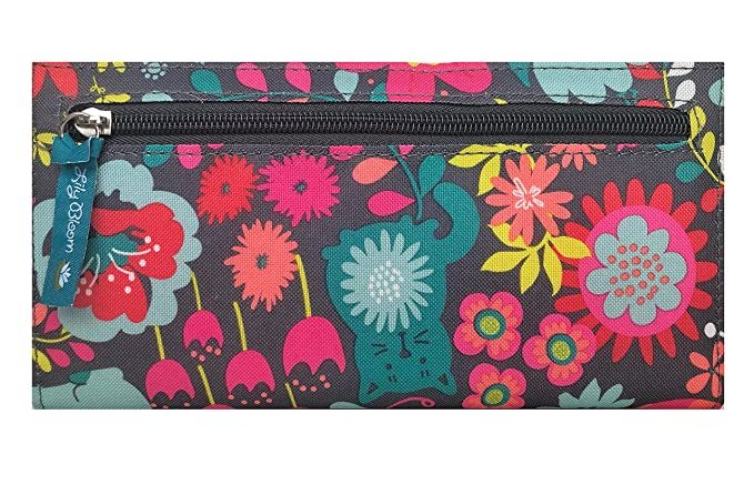 c1b9a621e474 Amazon.com  Lily Bloom Playful Garden Liza Wallet  Clothing