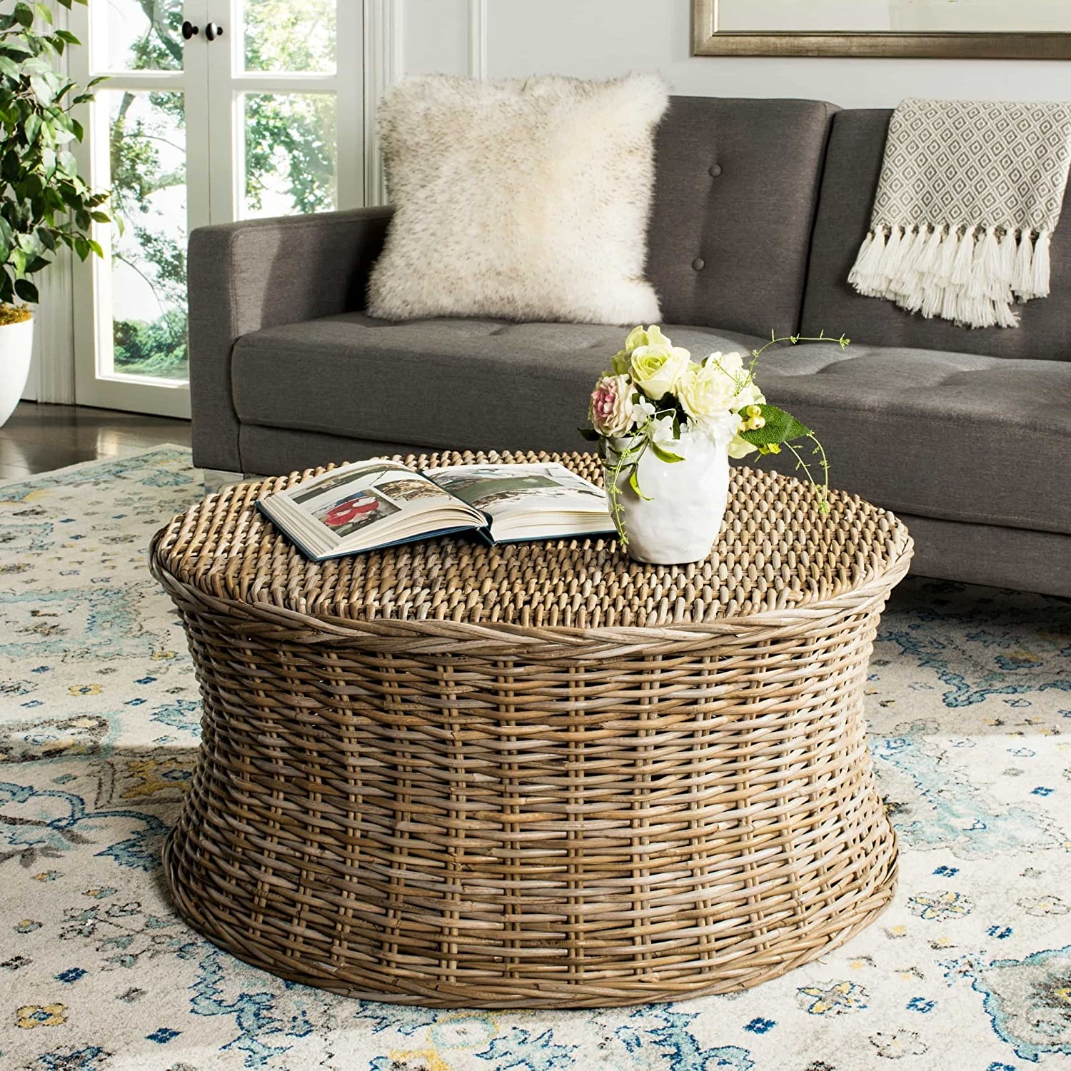 Amazon Com Wicker Round Coffee Table Woven Natural Rattan Palm Sturdy Kitchen Dining