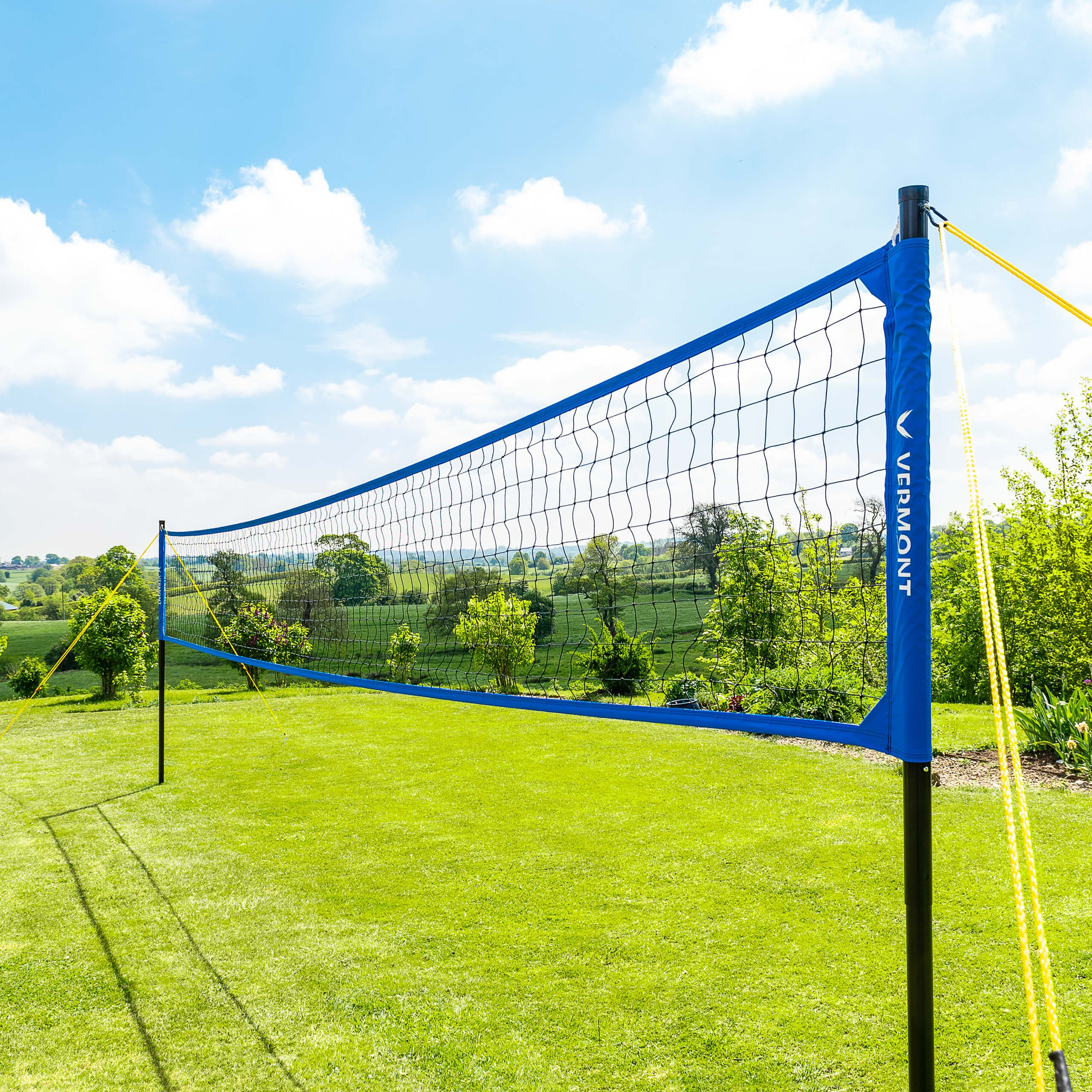 Vermont Portable Volleyball Set - Aluminum Telescopic Posts - Carry Bag Included (Pro Set)