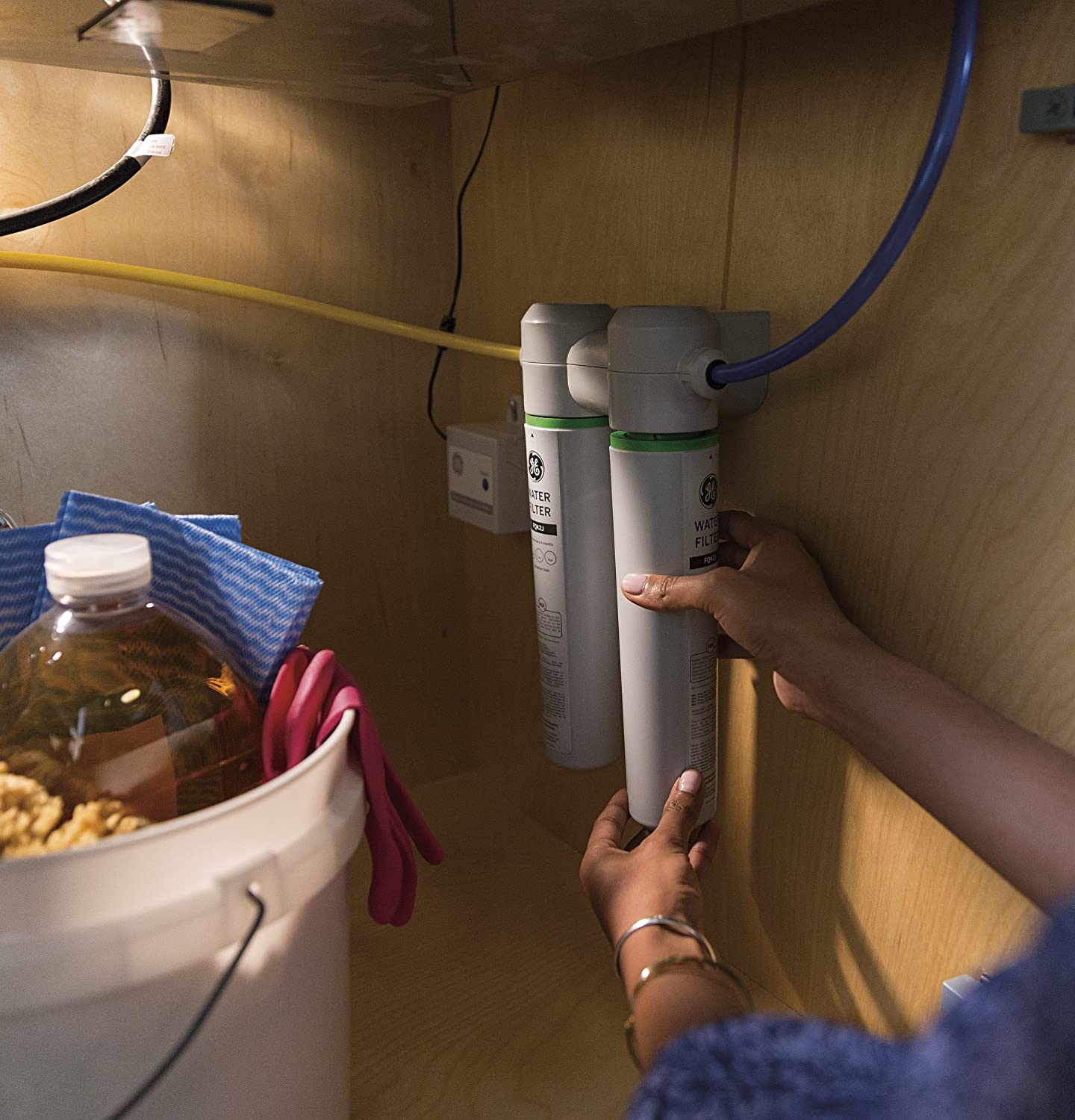 GE GXK285JBL Twist And Lock Under Counter Dual Flow Water Filtration System - -