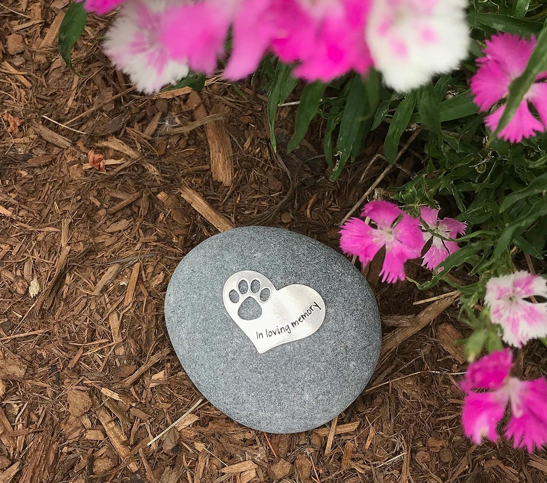 Amazon.com : Pet Memorial In Loving Memory Paw Print Stone for Dogs ...