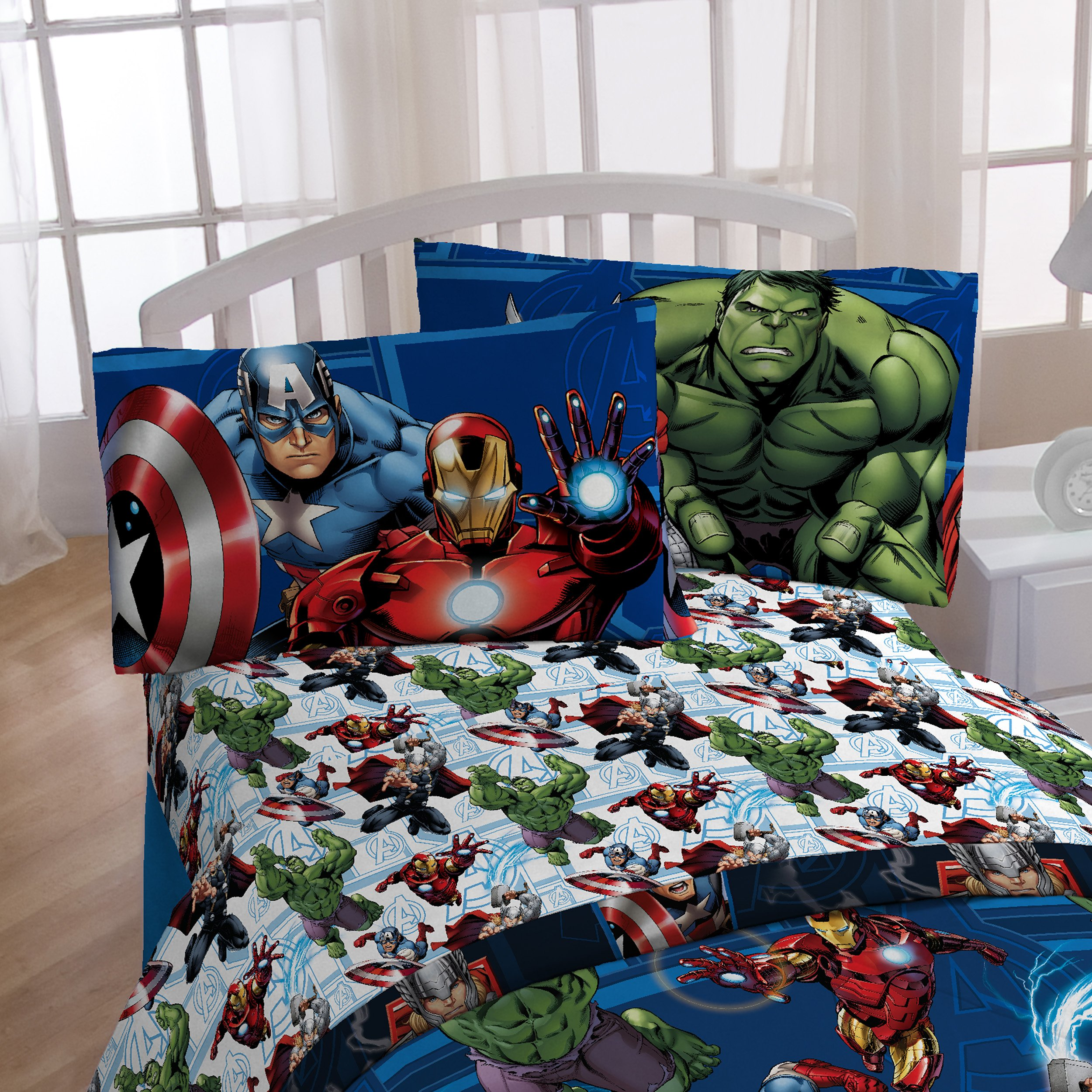 Marvel Avengers Heroic Age Blue/White 3 Piece Twin Sheet Set with Captain America, Thor, Ironman & Hulk by Marvel (Image #4)