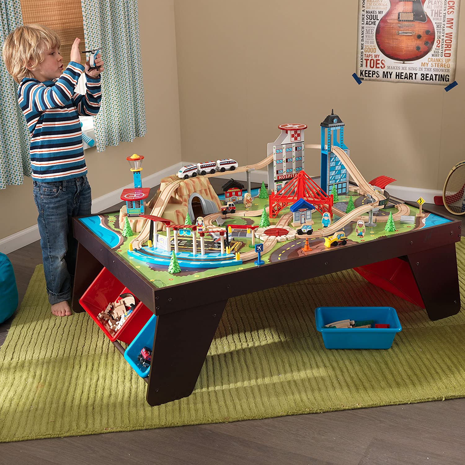 & Amazon.com: KidKraft Aero City Train Set u0026 Table: Toys u0026 Games