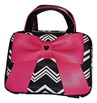 9545674d3d92 Betsey Johnson Weekender Cosmetic Make Up Bag Bow Stripes (Fuschia Bow  Chevron)