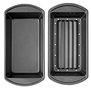 Wilton Perfect Results Premium Non-Stick Bakeware Meatloaf Pan Set, Reduce the Fat and Kick Up the Flavor, Bake Your Favorite Meatloaf and Let the Fat Drain Away, 2-Piece Set, 9.25 x 5.25 x 2.75 inch