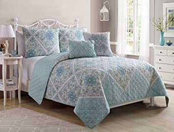 Amazon.com: VCNY Home Windsor Polyester 5 Piece Quilt Set, SUPER ... : aqua quilt set - Adamdwight.com