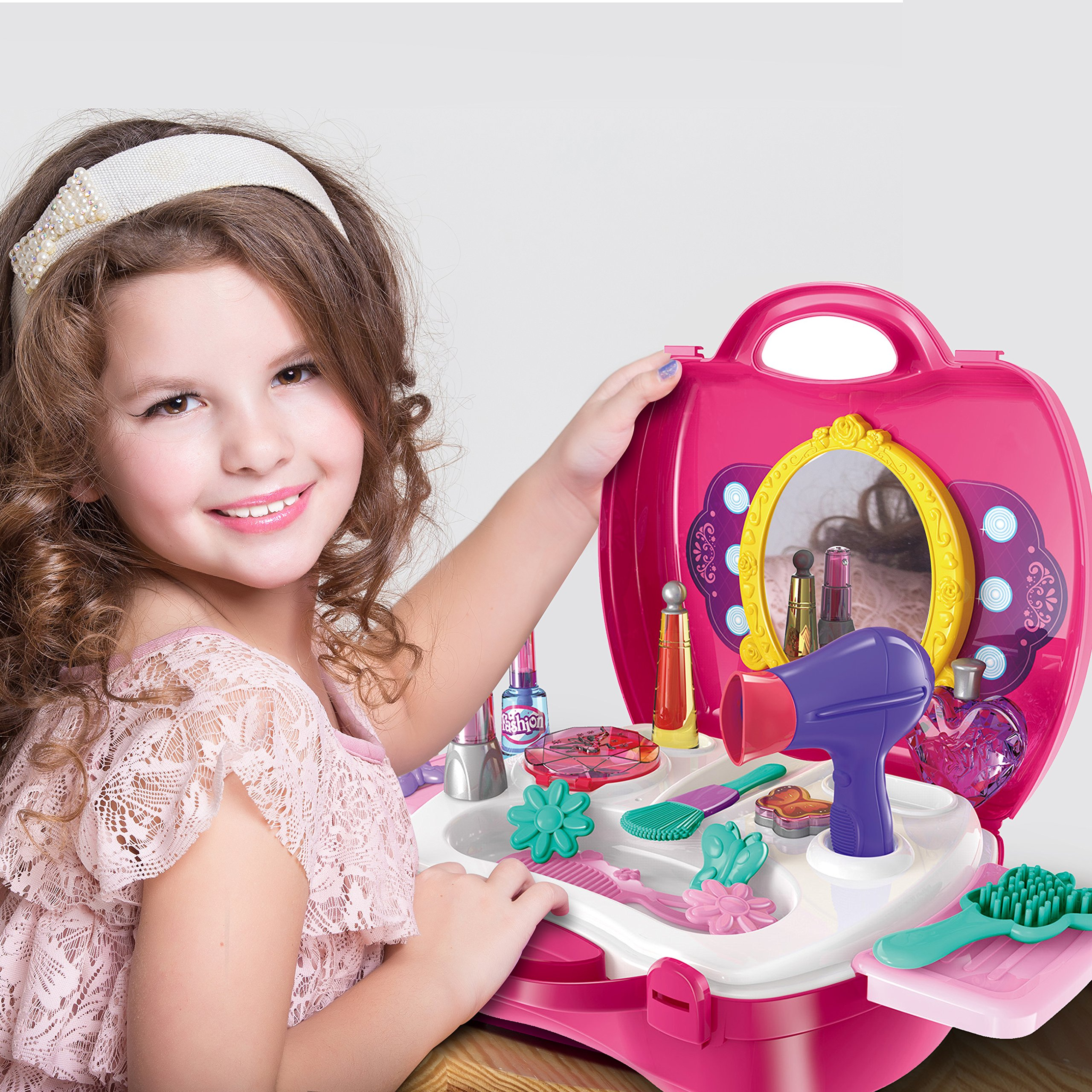 FASHION GIRLS MAKEUP SET - Little Girls Will Enjoy This Unique Cosmetic Case and Hair Style Kit!