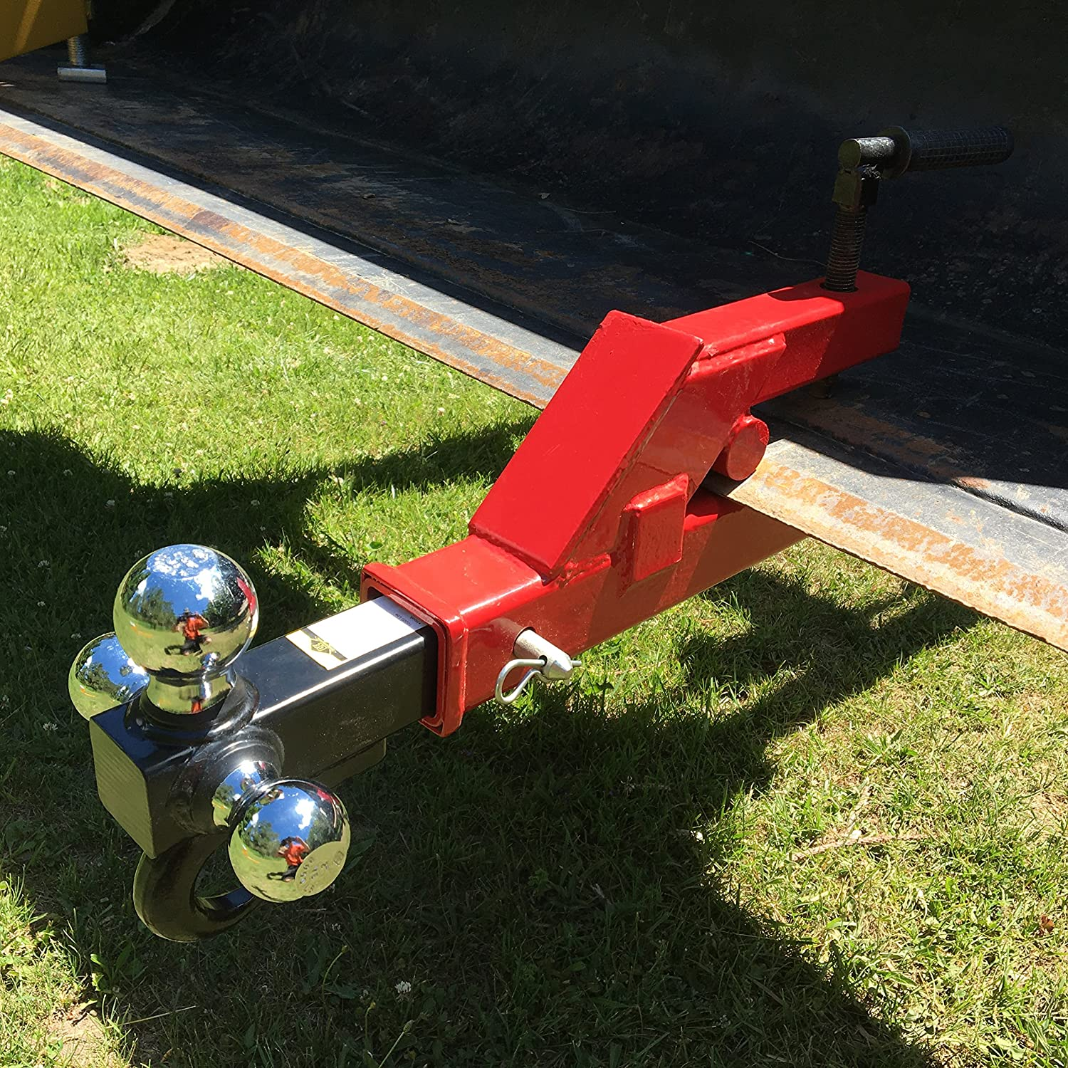 Clamp on to bucket 2 trailer receiver hitch for tractor loaders and skid steers