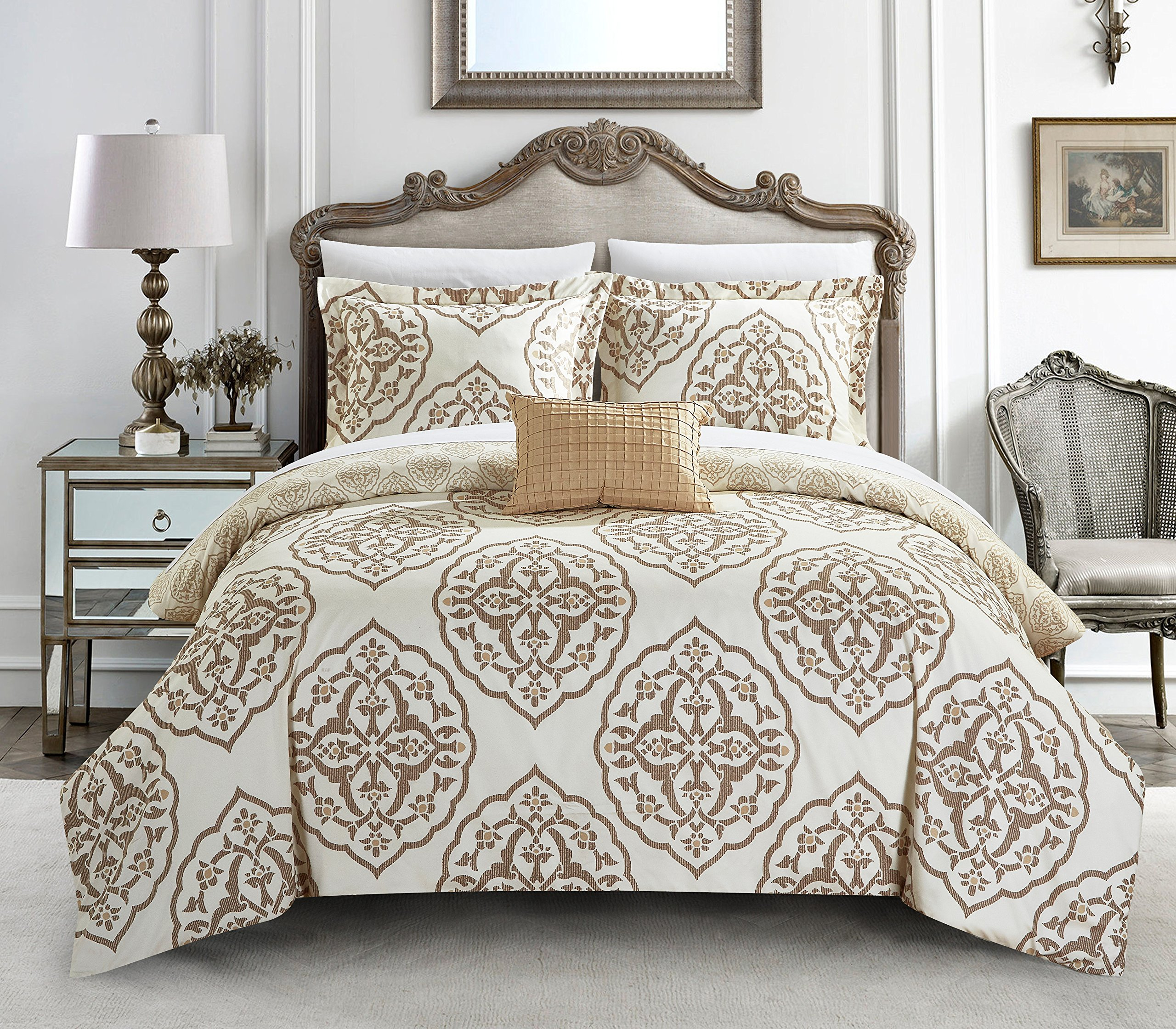 Chic Home 4 Piece Murano Reversible Two-Tone Medallion Pattern Print Queen Duvet Cover Set Beige