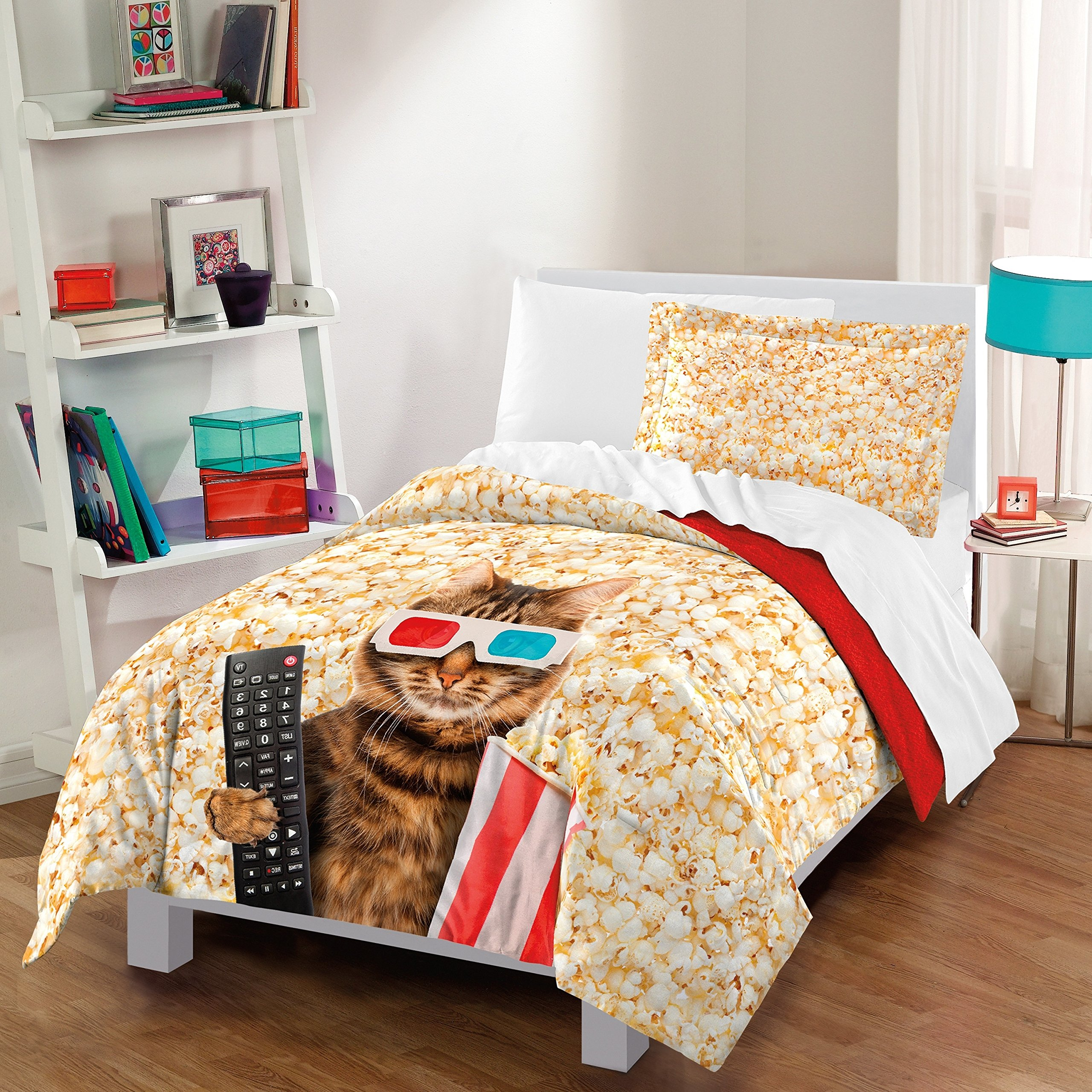 3 Piece Beige Brown Red Blue Cat At The Movies Theme Comforter Full Queen Set, Multi Animal Graphic Kitty With His Remote Popcorn Container 3 D Glasses Popcorns Print, Kids Bedding Teen Bedroom Cotton