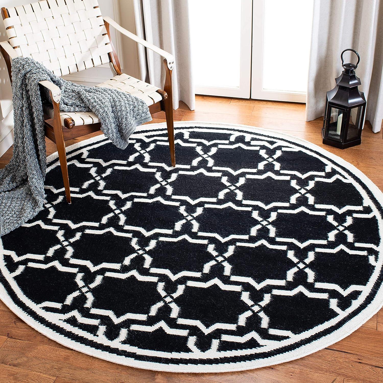 Amazon Com Safavieh Dhurries Collection Dhu545l Handmade Flatweave Premium Wool Area Rug 8 X 8 Round Black Ivory Furniture Decor