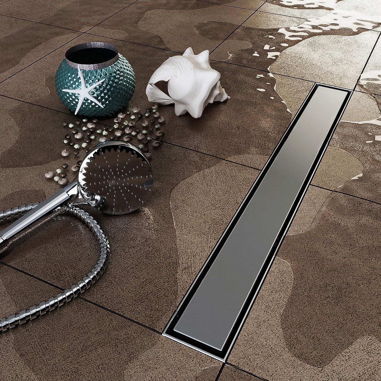 vilstein/© /évacuation bord d/écoulement de douche avec siphon de sol et de douche argent