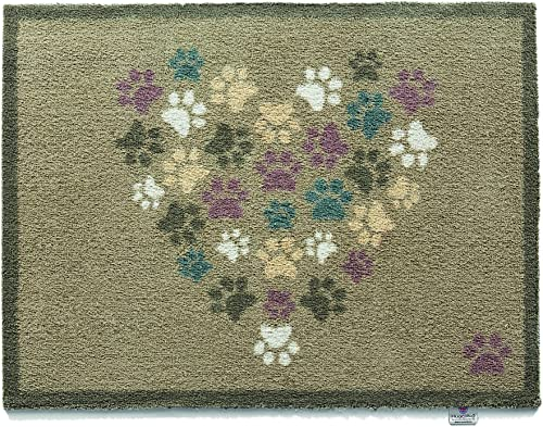 Bosmere Hug Rug Eco-Friendly Absorbent Dirt Trapping Indoor Washable Mat, 25.5 x 33.5 , Paws Heart
