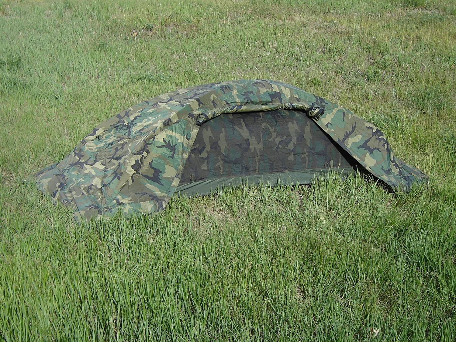 Amazon.com  Catoma Stealth 1 Tactical Tent - Inidual Combat Shelter  Backpacking Tents  Sports u0026 Outdoors : stealth tent - memphite.com