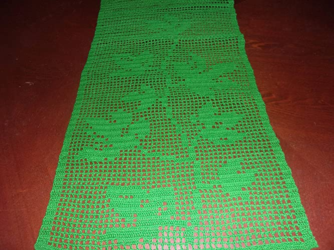 Amazon.com: Lace Table Runner in Green with Ivy Leaves Pattern ...